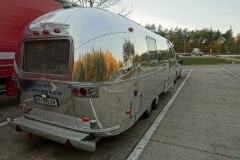 Airstream Herbst Anreise Fotoshooting Back