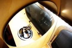 Glamping Airstream Wohnwagen Vermietung Innen Bad Spiegel