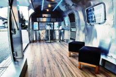 Airstream Gastro Stage Offen Treppen LED vorne