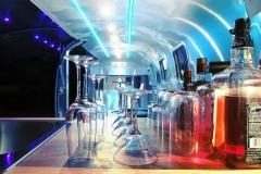 Airstream Mobile Gastro Stage Bühne Bar Innen Küche Event Marketing Roadshow 1