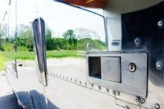 Airstream Mobile Lounge Mieten Vermietung Hochglanz Türschloss