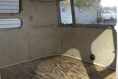 Airstream-Verkauf-Overlander-1972-Innen-Front