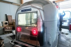 Airstream Safari Mobile Stage Umbau Beleuchtung EU konform