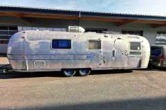Airstream Souvereign 1970 Curbside Total