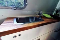 Airstream Tiny Home Kaufen Verkauf Wohnwagen Bad Bootsschalter Stauraum