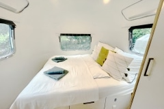 Airstream Ambassador 1976 Tiny House Schlafzimmer