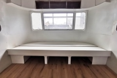 Airstream Tiny House ausziehbare Couch