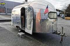 Airstream 1949 Eingang Front rechts-2