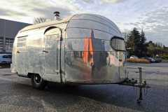 Airstream 1949 Eingang Front rechts