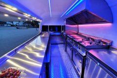 Foodtrailer ETY6 Airstream Lookalike Klappe Gastro Theke Edelstahl Innenraum 9