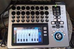 PA QSC Touchmix 16