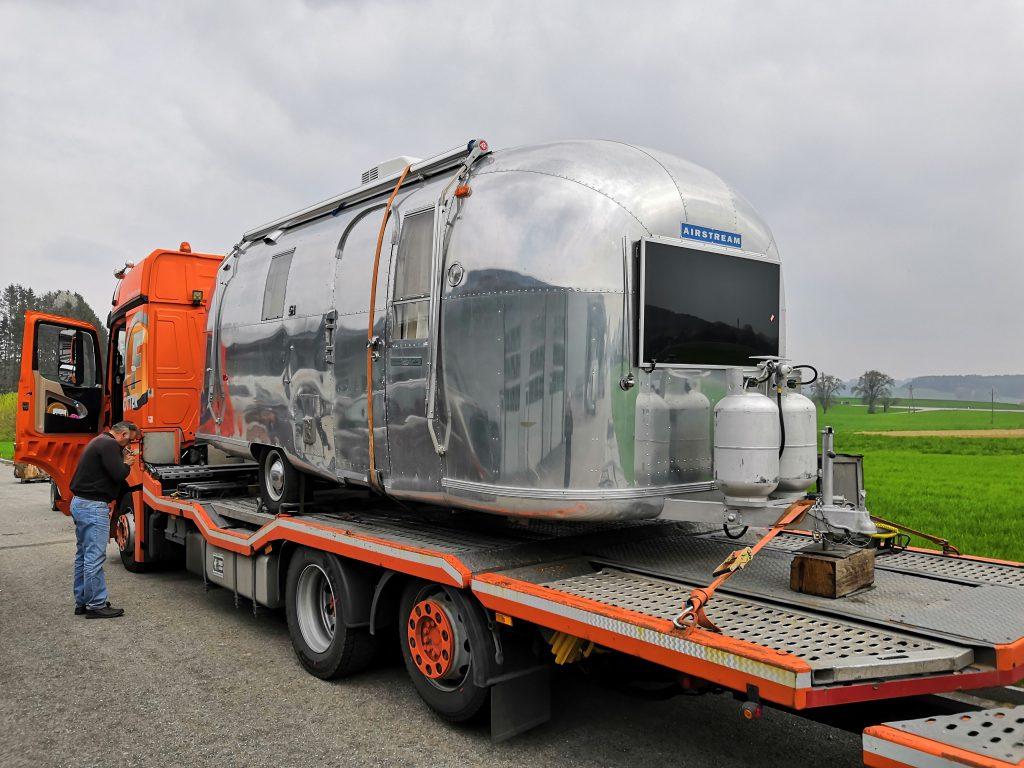 Airstream Safari 1966 jetzt verfügbar