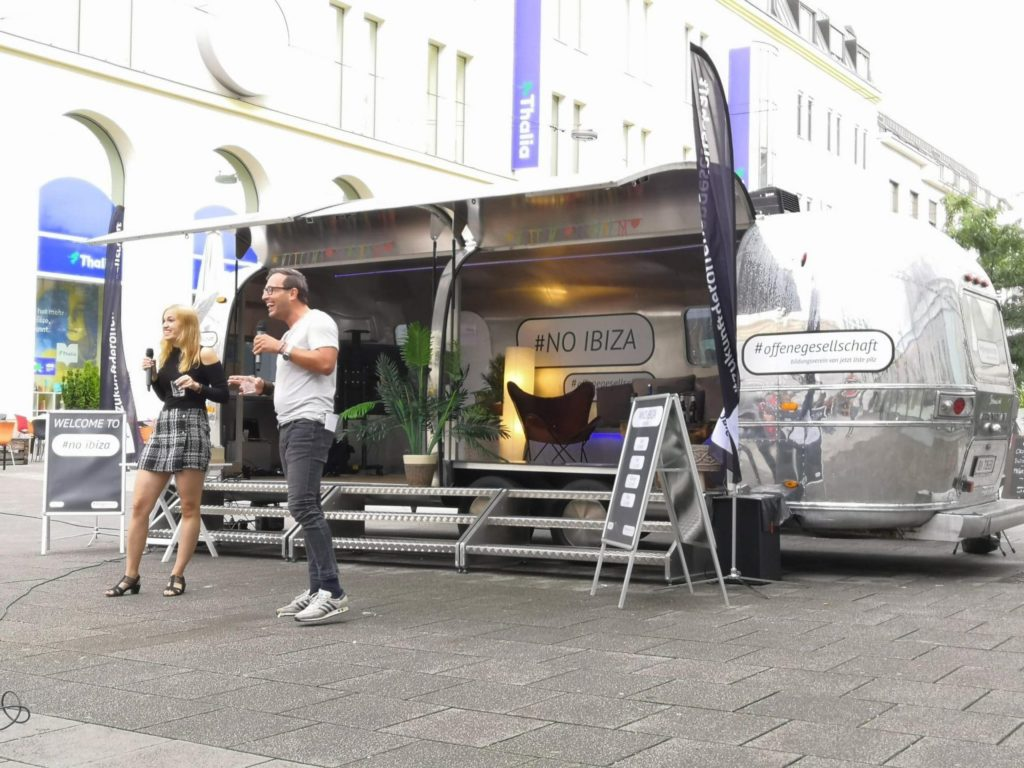 Airstream Mobile Bühne unterwegs für das BVOG Linz